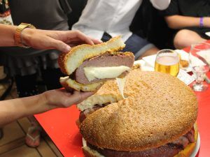 Los restaurantes con las hamburguesas más grandes de España