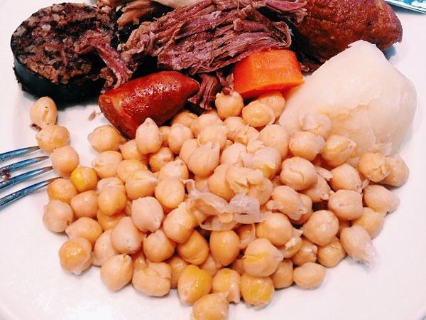 Cocido madrileño en La Daniela